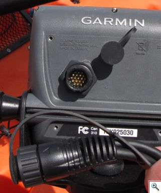 Garmin electronics connector